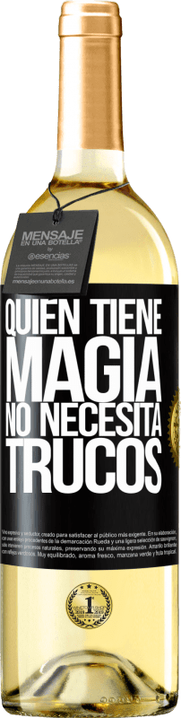 24,95 € Envío gratis   Vino Blanco Edición WHITE Quien tiene magia no necesita trucos Etiqueta Negra. Etiqueta personalizable Vino joven Cosecha 2020 Verdejo