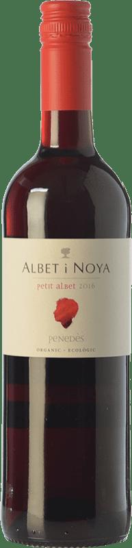 6,95 € Envío gratis | Vino tinto Albet i Noya Petit Albet Negre Joven D.O. Penedès Cataluña España Tempranillo, Garnacha, Cabernet Sauvignon Botella 75 cl