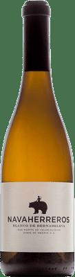 17,95 € Free Shipping | White wine Bernabeleva Navaherreros Crianza D.O. Vinos de Madrid Madrid's community Spain Albillo, Macabeo Bottle 75 cl