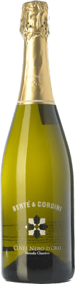 19,95 € Free Shipping | White sparkling Bertè & Cordini Nero d'Oro D.O.C.G. Oltrepò Pavese Metodo Classico Lombardia Italy Pinot Black Bottle 75 cl. | Thousands of wine lovers trust us to get the best price guarantee, free shipping always and hassle-free shopping and returns.