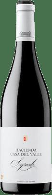 7,95 € Free Shipping | Red wine Casa del Valle Hacienda Joven I.G.P. Vino de la Tierra de Castilla Castilla la Mancha Spain Syrah Bottle 75 cl