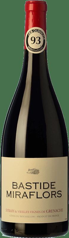 15,95 € Envío gratis | Vino tinto Domaine Lafage Bastide Miraflors Joven A.O.C. Côtes du Roussillon Languedoc-Roussillon Francia Syrah, Garnacha Botella 75 cl