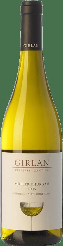 9,95 € Envío gratis | Vino blanco Girlan D.O.C. Alto Adige Trentino-Alto Adige Italia Müller-Thurgau Botella 75 cl