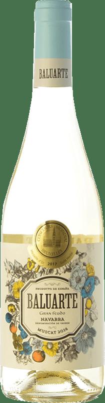 7,95 € Envío gratis | Vino blanco Gran Feudo Baluarte Muscat D.O. Navarra Navarra España Moscatel Botella 75 cl