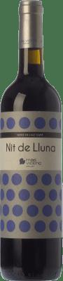 11,95 € Envío gratis | Vino tinto Mas Vicenç Nit de Lluna Crianza D.O. Tarragona Cataluña España Tempranillo, Syrah Botella 75 cl
