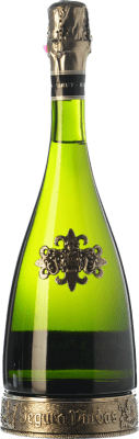 16,95 € Free Shipping | White sparkling Segura Viudas Heredad Reserva D.O. Cava Catalonia Spain Macabeo, Parellada Bottle 75 cl. | Thousands of wine lovers trust us to get the best price guarantee, free shipping always and hassle-free shopping and returns.