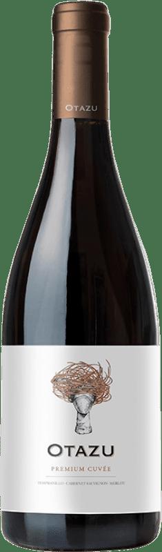12,95 € Envío gratis | Vino tinto Señorío de Otazu Premium Cuvée Crianza D.O. Navarra Navarra España Tempranillo, Merlot, Cabernet Sauvignon Botella 75 cl