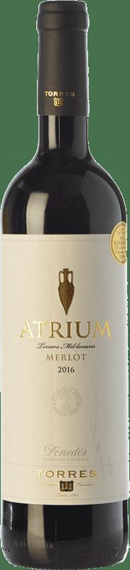 9,95 € Envío gratis | Vino tinto Torres Atrium Joven D.O. Penedès Cataluña España Merlot Botella 75 cl