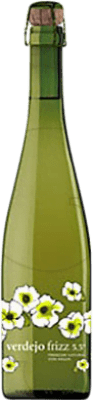 6,95 € Free Shipping | White sparkling Codorníu Frizz Aguja Castilla y León Spain Verdejo Bottle 75 cl | Thousands of wine lovers trust us to get the best price guarantee, free shipping always and hassle-free shopping and returns.