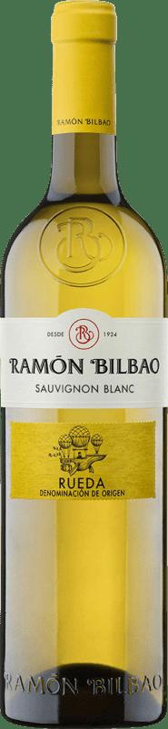 9,95 € Spedizione Gratuita | Vino bianco Ramón Bilbao Joven D.O. Rueda Castilla y León Spagna Sauvignon Bianca Bottiglia 75 cl