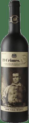 7,95 € Envío gratis | Vino tinto 19 Crimes Red Blend Crianza Australia Syrah, Cabernet Sauvignon Botella 75 cl