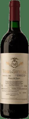 682,95 € Free Shipping | Red wine Vega Sicilia Único Gran Reserva 1982 D.O. Ribera del Duero Castilla y León Spain Tempranillo, Cabernet Sauvignon Bottle 75 cl